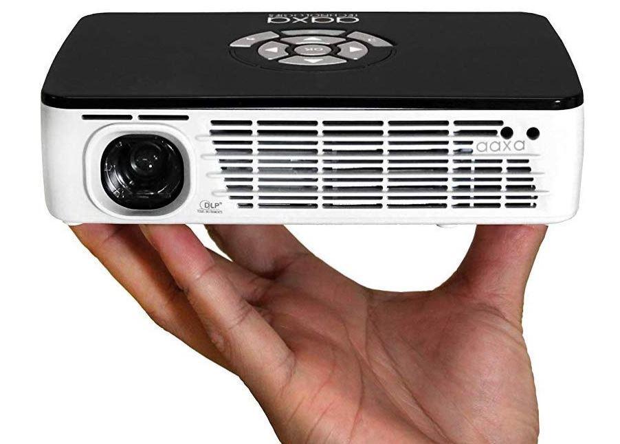 mejor proyector portatil AAXA P300